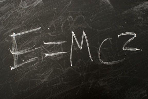 С помощью базовых констант можно рассчитать размер разных объектов Вселенной