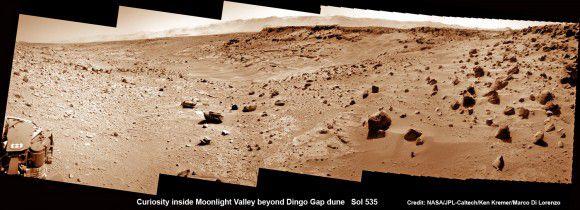 Марсоход Curiosity успешно преодолел песчаную дюну Dingo Gap