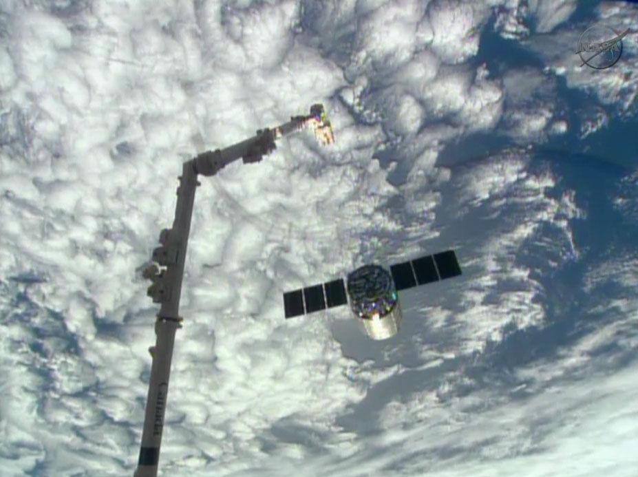 Cygnus попрощался с космической станцией
