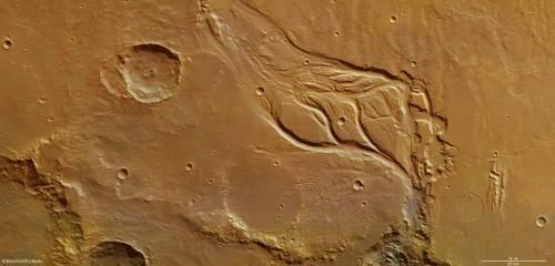 Великолепие хаоса на Марсе