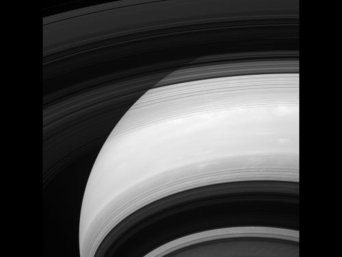 Темная сторона колец Cassini
