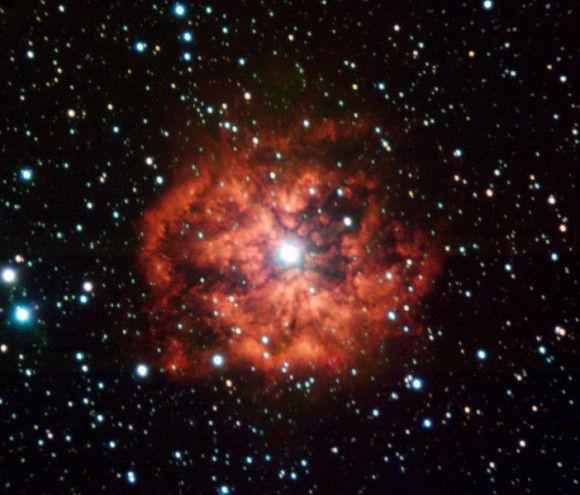 Ученые обнаружили связь между сверхновой SN 2013cu и звездами Вольфа-Райе