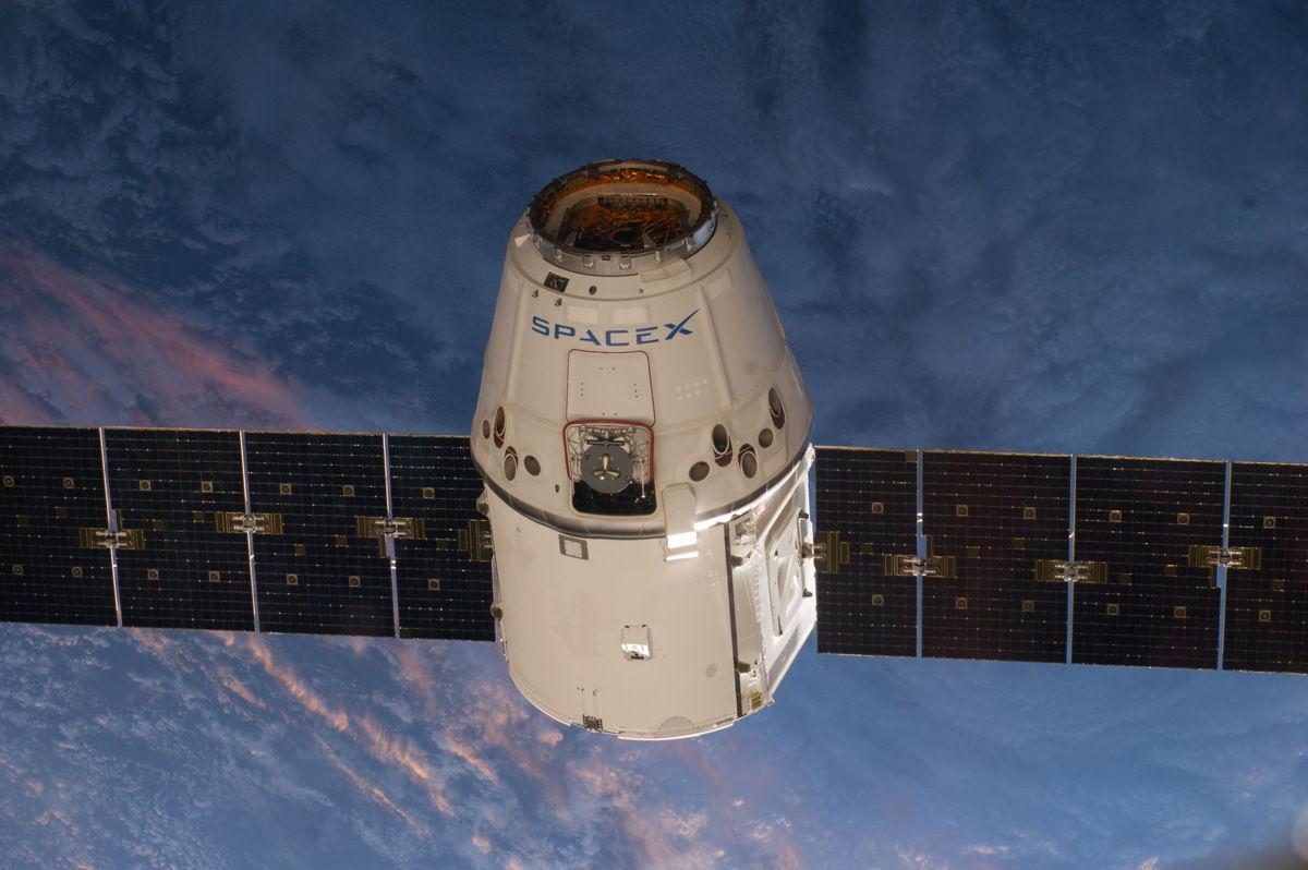 Компания SpaceX 29 мая представит версию «такси для астронавтов»