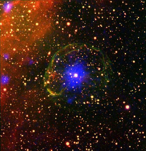 Пульсар, окутанный оболочкой сверхновой