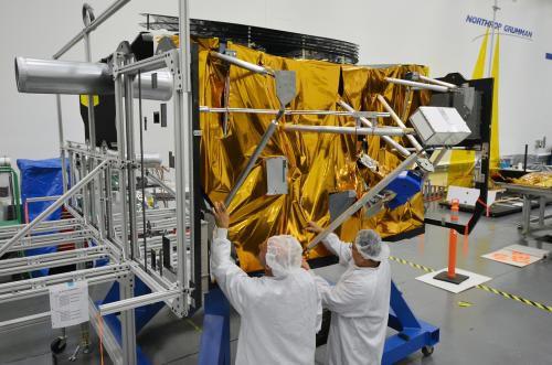 Фото: тестирование системы электропитания космического телескопа James Webb
