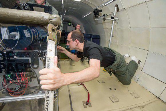 3-D  принтер может отправиться на МКС в августе, - раньше, чем предполагалось