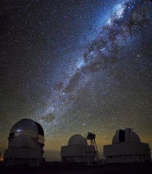 Проект Dark Energy Survey обнаружил необычную сверхновую