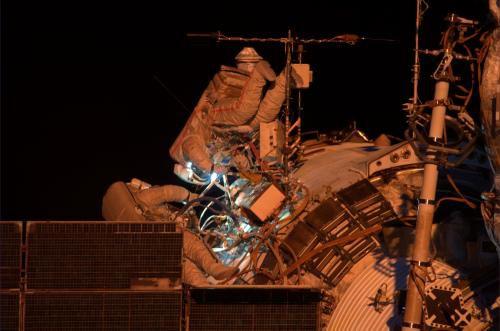 Работа и исследования на Международной Космической Станции