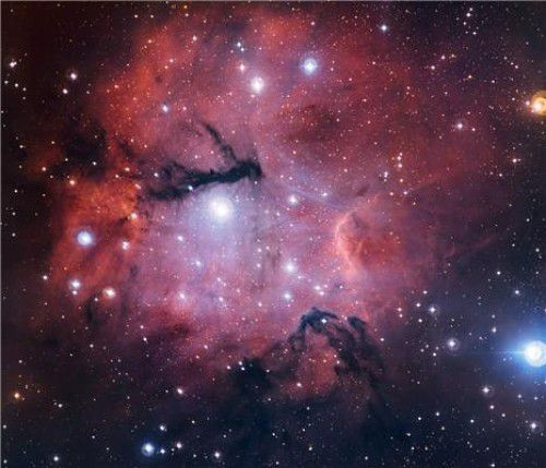 Облако Gum 15 – яркий пример региона HII