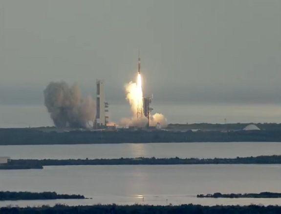 ВВС США совершили запуск трех спутников