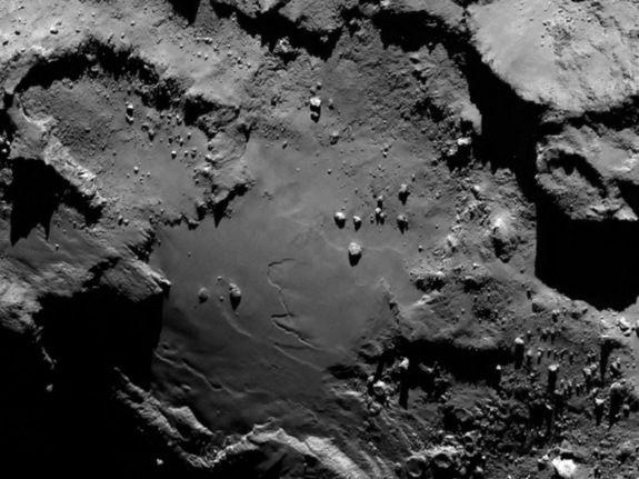 Первые снимки кометы 67Р/Чурюмова-Герасименко  с близкого расстояния