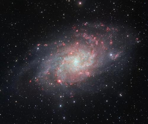 Телескоп VST сделал снимок галактики Треугольника