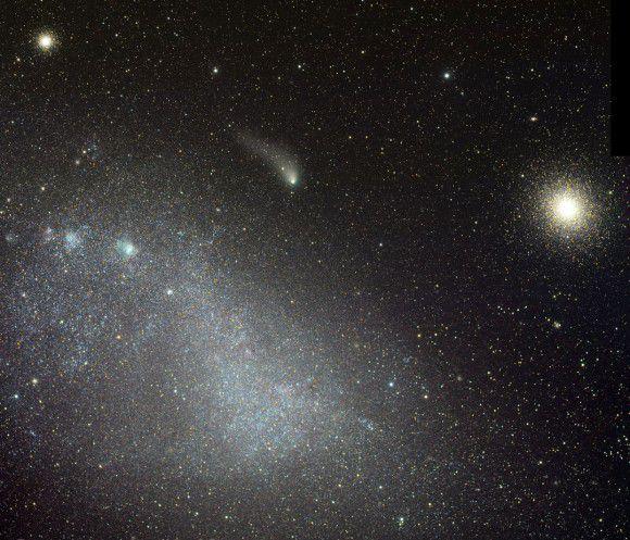 Cнимки кометы Siding Spring на пути к Марсу
