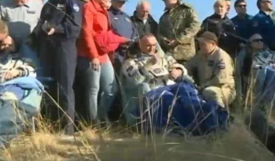 Экипаж 40-й экспедиции на МКС успешно вернулся на Землю