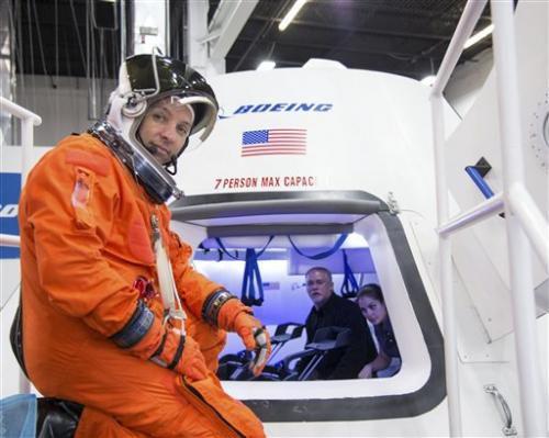 NASA выбрала компании Boeing и SpaceX для доставки своих астронавтов