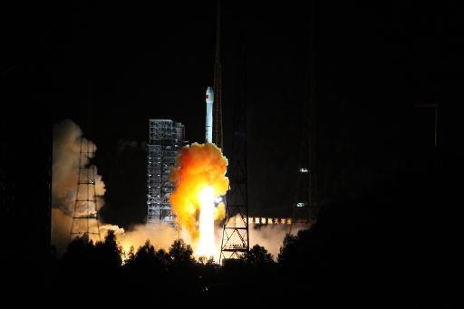 Китай отправил экспериментальный аппарат к Луне