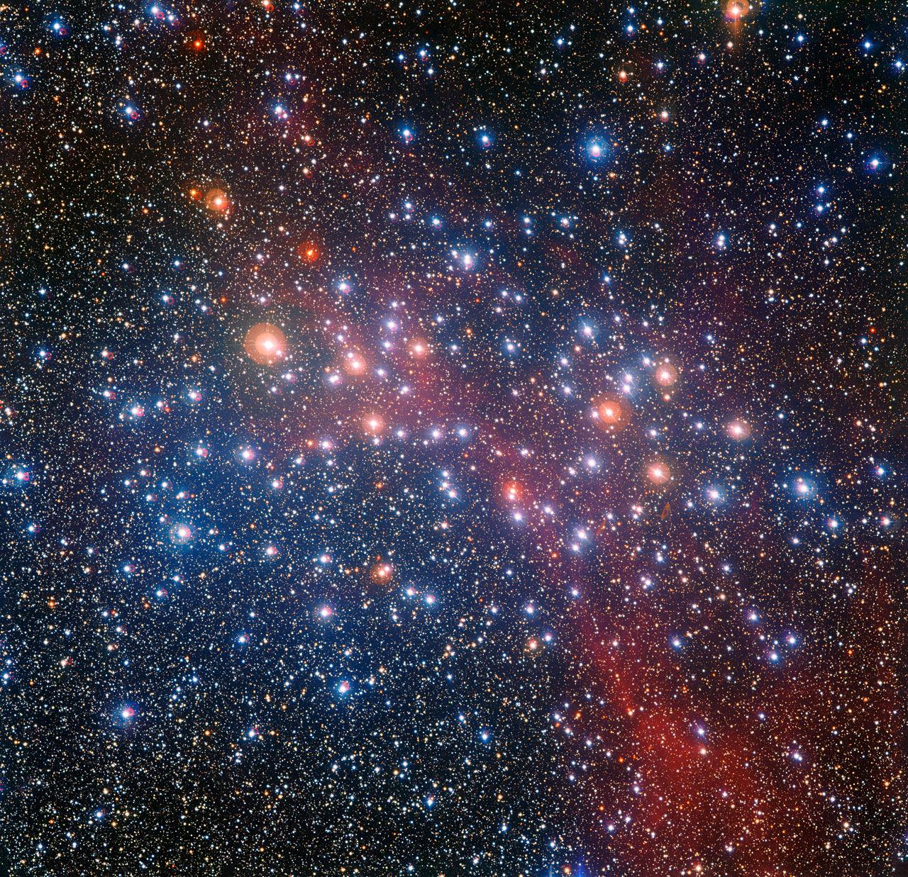 Изображение: Красочное звездное скопление Колодец Желаний