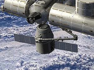 Грузовое судно компании SpaceX пристыковалось к Международной космической станци