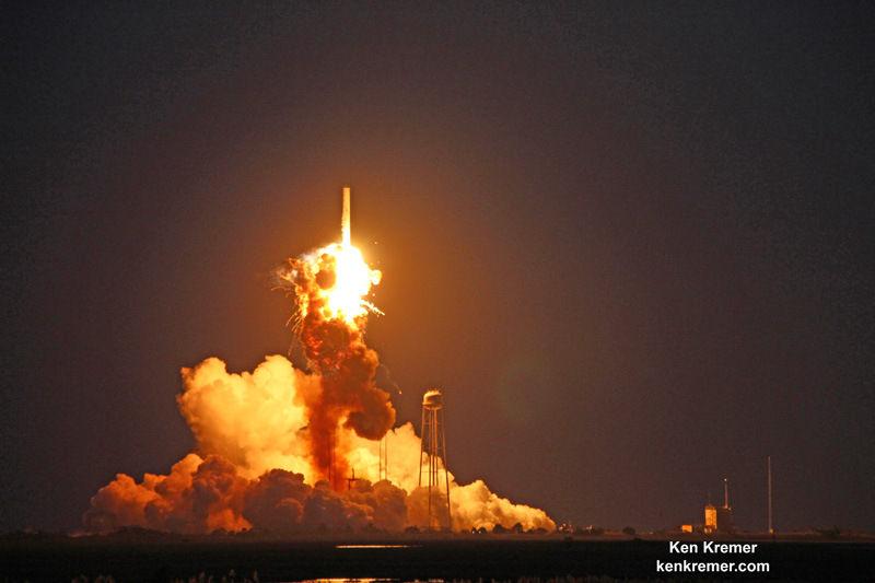 В марте 2016 года запланирован компанией Orbital ATK запуск новой РН «Антарес» (2 фото)