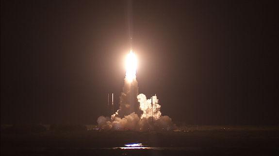 НАСА запустило спутники для изучения магнитосферы Земли