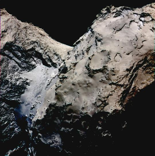 КА «Розетта», возможно, обнаружил лед в перемычке кометы Чурюмова — Герасименко