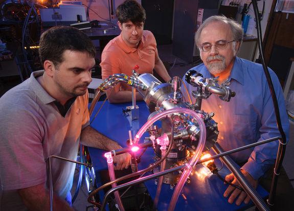Ученые НАСА создали в лаборатории «кирпичики» жизни