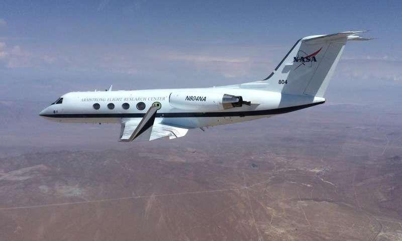НАСА испытало инновационное крыло самолета измененной формы