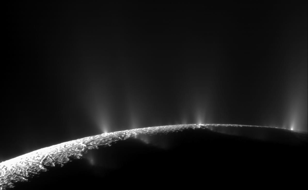 Геохимический процесс увеличивает шансы спутника Сатурна на обитаемость